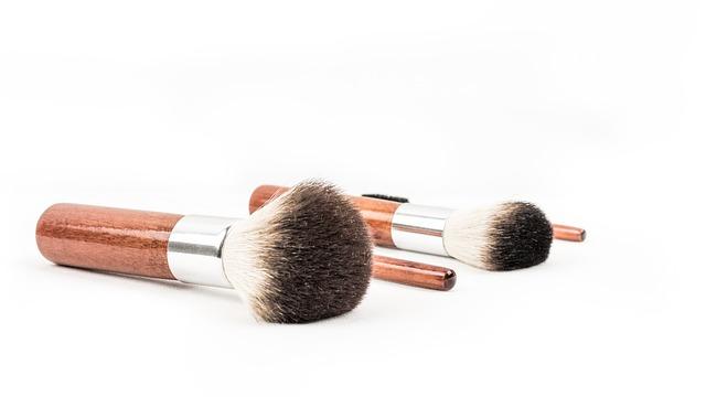 Investieren in die Kosmetikindustrie: Schöne Renditen